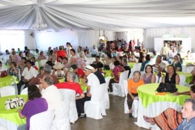 Prefeitura promove confraternização em homenagem à Terceira Idade